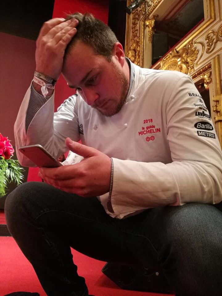 Matteo Metullio in lacrime (di gioia) per la seconda stella Michelin arrivata oggi